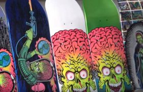 mars-attacks-santa-cruz-skateboards
